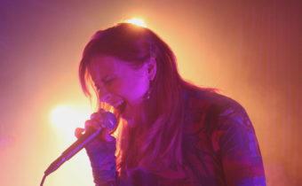 Laulaja Yona